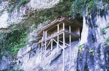 三徳山三仏寺・投入堂